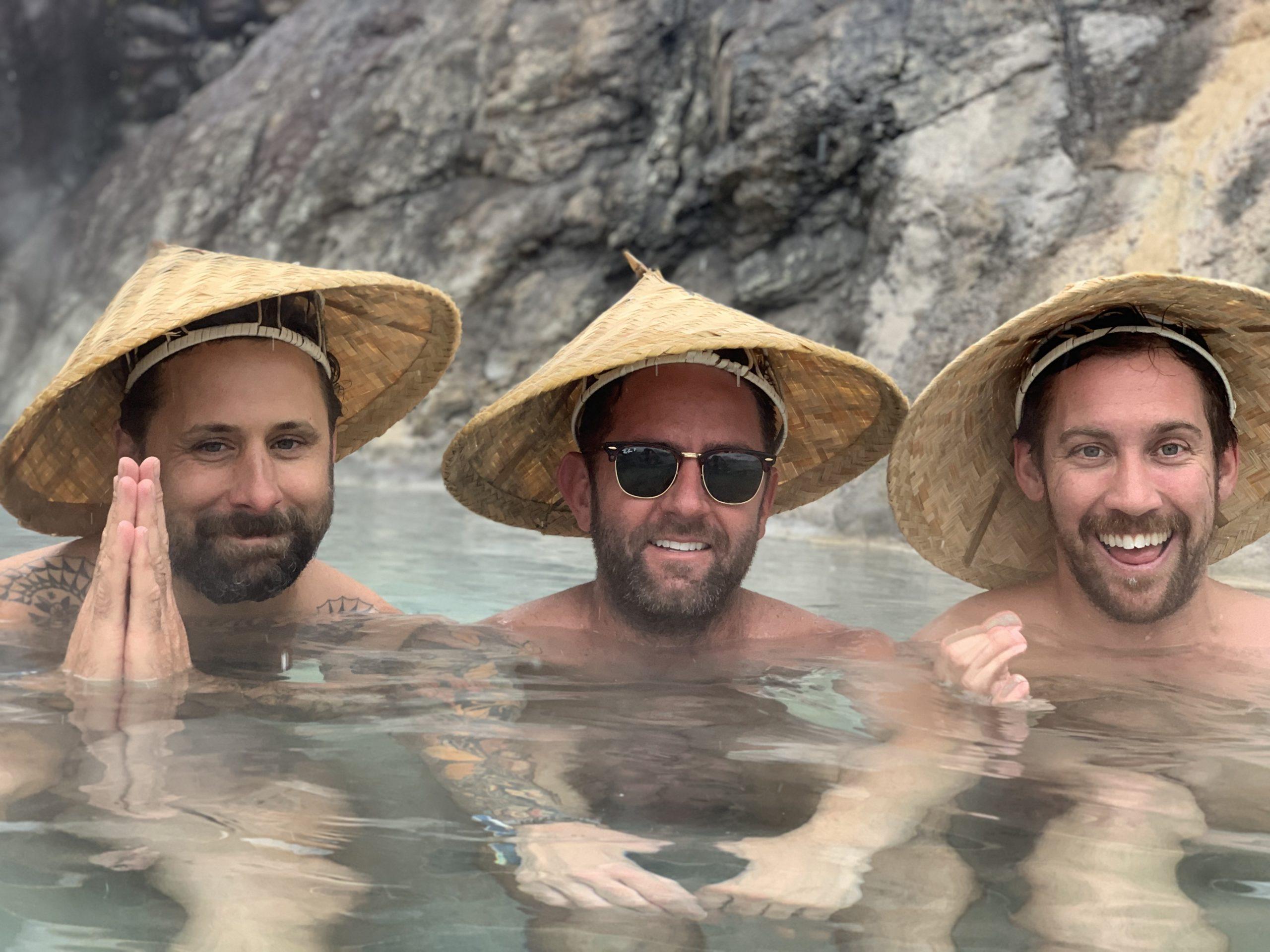 Hakuba Onsen - 3 Men in Japanese Hats